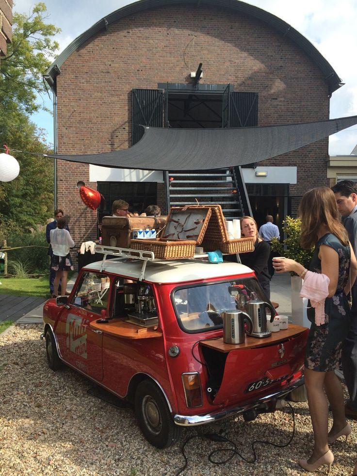 Mini Cooper Koffie bij Explore by Lute in Muiden van Peter Lute www.lute.nu