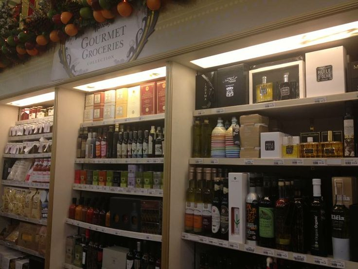 London Calling #frantoiomuraglia Harrods Gourmet Groceries: here we are