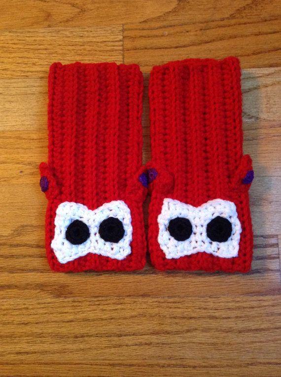 Baymax / Big Hero 6 / Crochet Fingerless by BlueRainbowDesigns