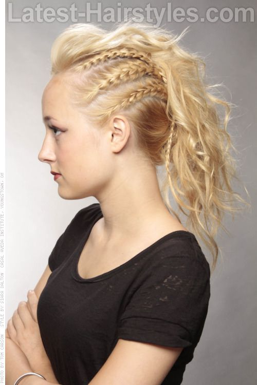 Mohawk Hairstyle with Side Braids