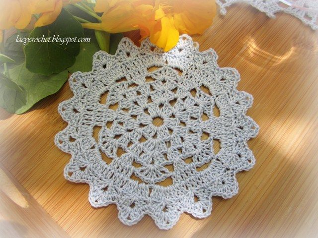 doily patterns for beginners | The original pattern for this small doily has nine rounds. However, I ...