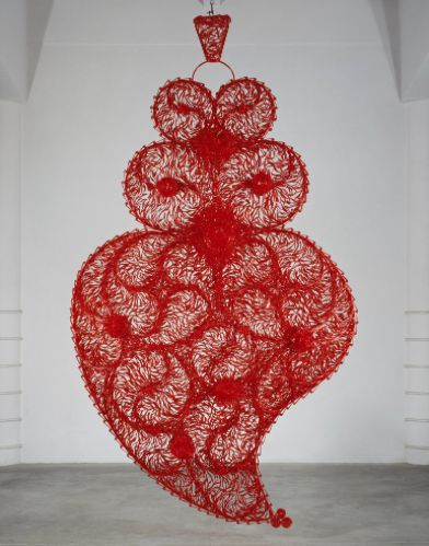 Corazón rojo independiente, Joana Vasconcelos