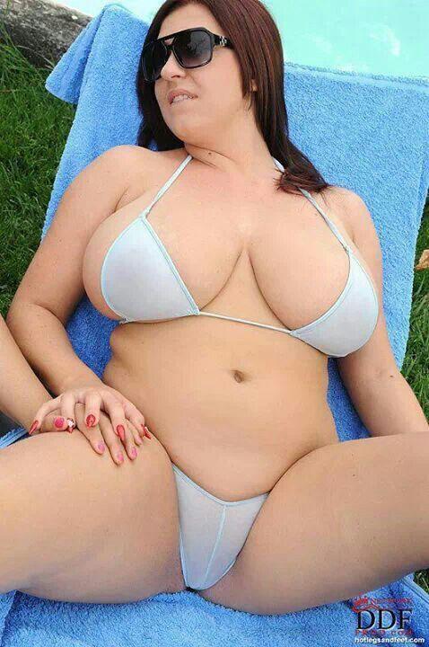 Maria kanellis bikini contest married attached
