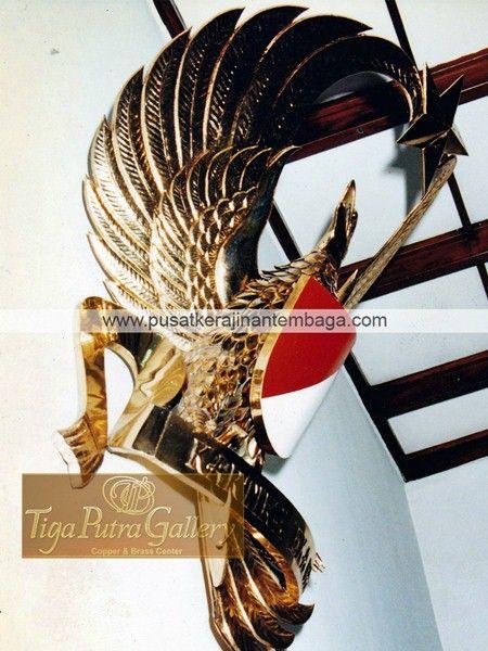 Logo Kuningan Milik TNI Angkatan Darat yang terbuat dari kuningan menerima pemesanan Logo atau lambang dalam bentuk apapun dengan bahan tembaga dan kuningan
