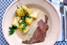 Gekochtes Rindfleisch, Meerrettichsoße, Kartoffeln. Ein Klassiker