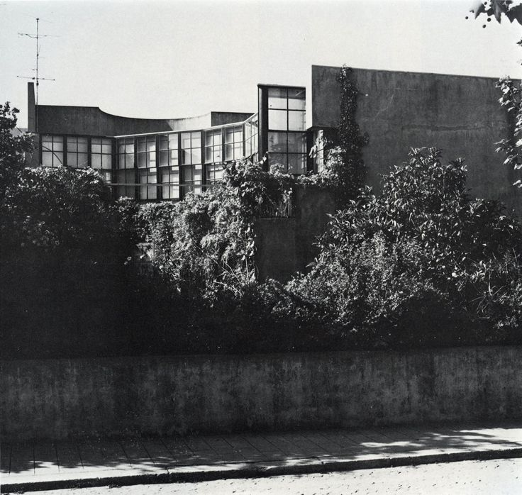 Alvaro Siza, Casa Beires, (Bomb House), (1973-1976)