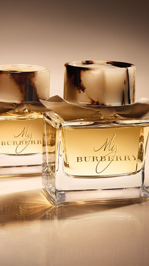 My Burberry, the new fragrance for women - give a personalised festive gift with the monogramming service. Find the perfect gift this festive season at Burberry.com #burberrygifts #christmas