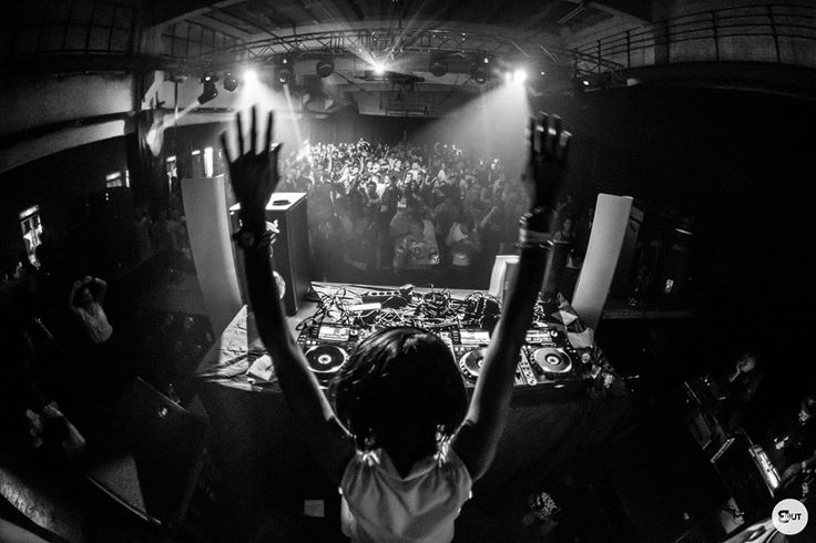 Hands up and let's party like there's no tomorrow!   Nakadia - #GirlsLoveTechno