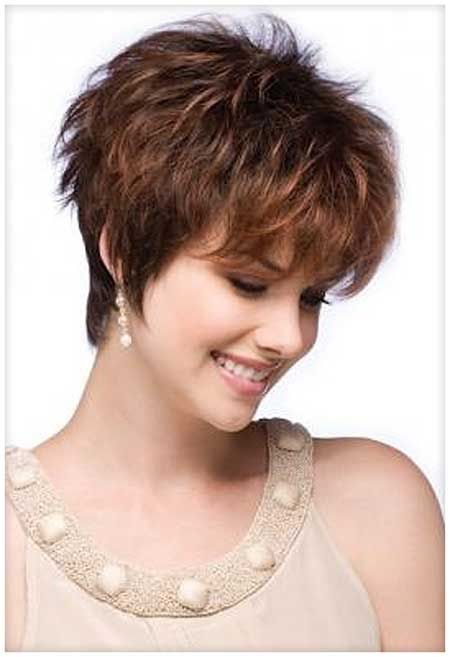 16 Lovely Short Cuts for Oval Faces | http://www.short-haircut.com/16-lovely-short-cuts-for-oval-faces.html