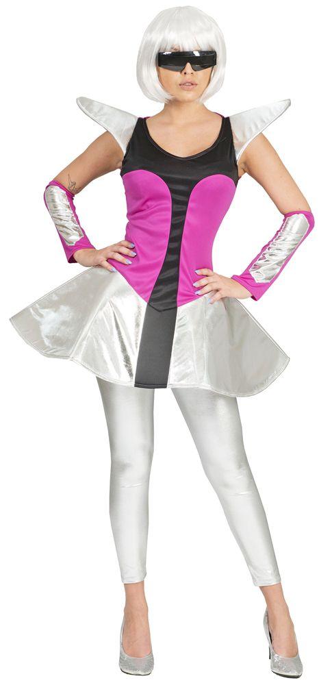 Silver kommt aus der Zukunft um die Menschheit zu retten! In ihrem Future Weltraum Anzug fällt sie zwar ziemlich auf, dass ist ihr aber zu Karneval, Mottoparty oder Theaterauftritt egal! Schließlich sieht sie einfach umwerfend aus in diesem kurzen Kleid und den passenden Armstulpen! Mit diesem Astronautin Kostüm für Damen tauchen Sie ein in die Mystische Welt von fremden Sternen und Galaxien.