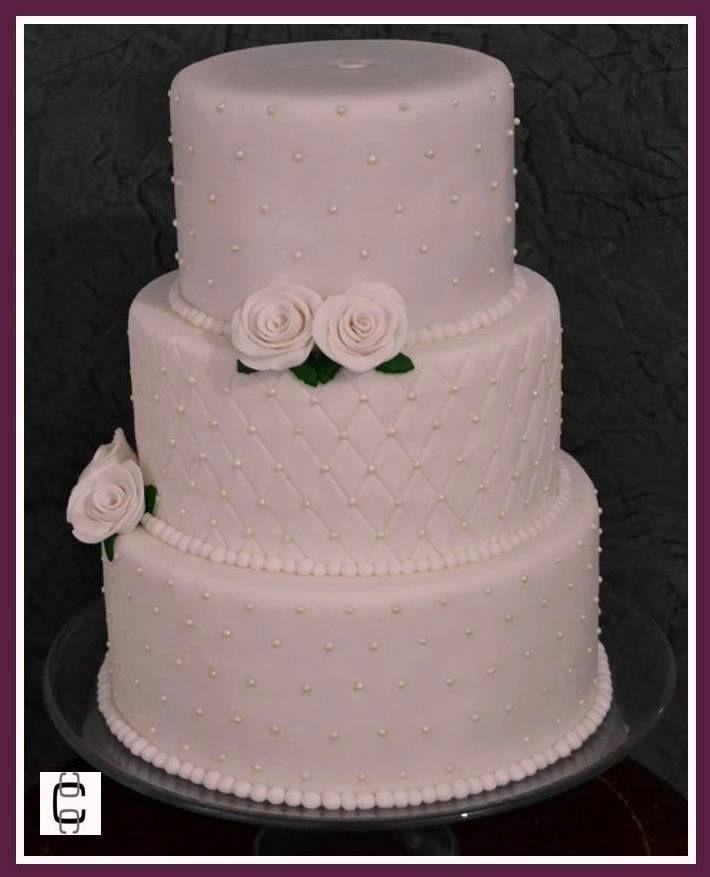 Cake Decorating Fondant Pearls : 33 best Pasteles de boda images on Pinterest Cakes ...