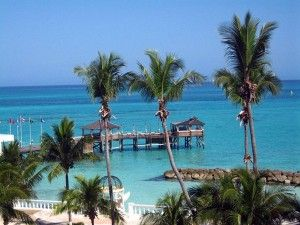 Packages, Eye Catching Beach With White Sand And Clear Blue Water  Cheap Vacations Packages To Hawaii : Cheap Vacations Packages : Las Vegas And Bahamas in Their Attractions