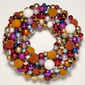 Big Christmas wreath by glass balls
