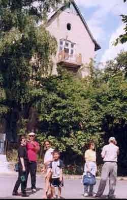 The house occupied by the gestapo officer Felix Landau where the artist and writer Bruno Schultz created his famous frescoes.