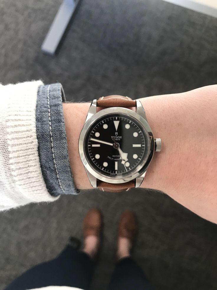 [TUDOR] Black Bay 36 with new Hirsch strap http://ift.tt/2oUG9FE