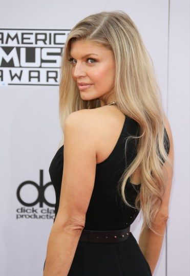 Fergie Height cm Weight Body Measurements 2016 Bust Bra Cup Size Haircut