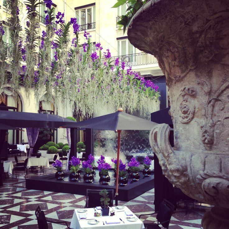 Cour de marbre @Four Seasons Hotel George V Paris