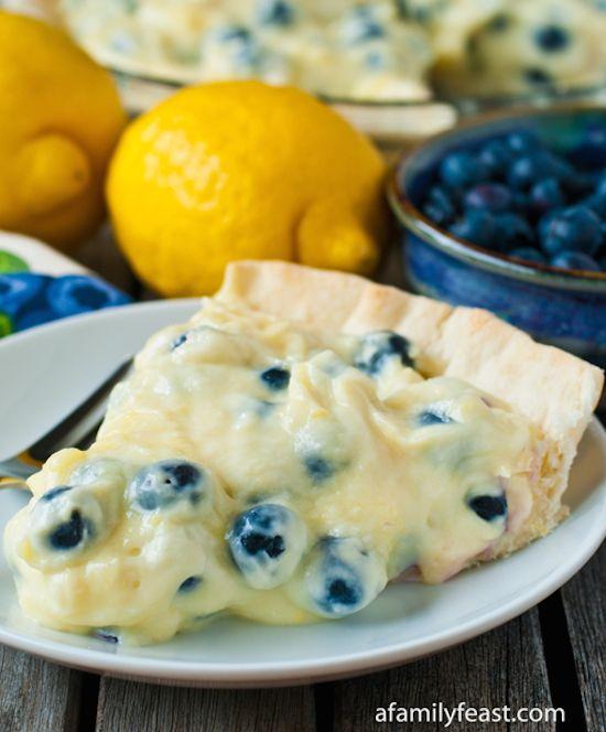 ... Pinterest | Strawberry cinnamon rolls, Blueberry cake and Blueberries
