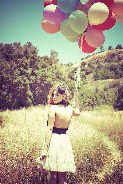 #FOLLOWME #MAJE ballon girl Get to the #Instagram Popular Page in 10 minutes. http://socialkick.me/buy-instagram-followers