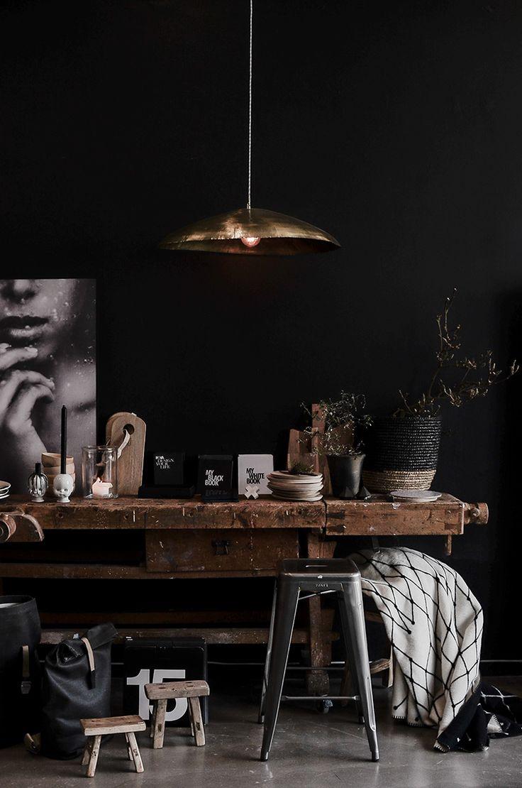 Dark wall ATELIER RUE VERTE , le blog: Norvège / Kamelone, boutique de décoration /
