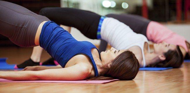 Sportmuffel und ewig Gestresste aufgepasst: Diese Workouts könnt ihr bequem zwischendurch machen.