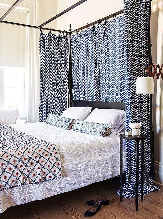 92 best decorating with indigo images on pinterest   indigo
