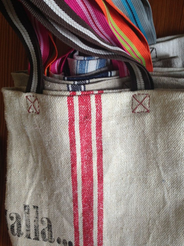 handcrafted Linnen Bags