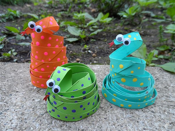 Cardboard Tube Coiled Snakes craft for kids