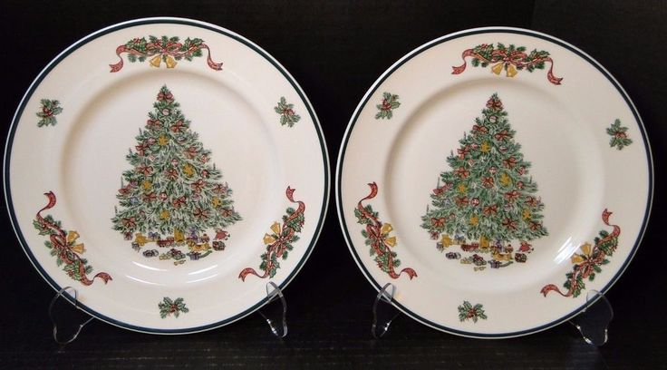 Johnson Brothers Victorian Christmas England Dinner Plates 10 1/4 1992 TWO MINT! #JohnsonBros