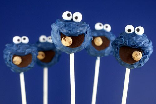 cute for birthday party favors: Cookie Monster Cakes, Sesame Street, Cookies Monsters Cakes, Birthday Parties, Food, Monster Cake Pops, Parties Ideas, Cake Pops, Monsters Cakes Pop