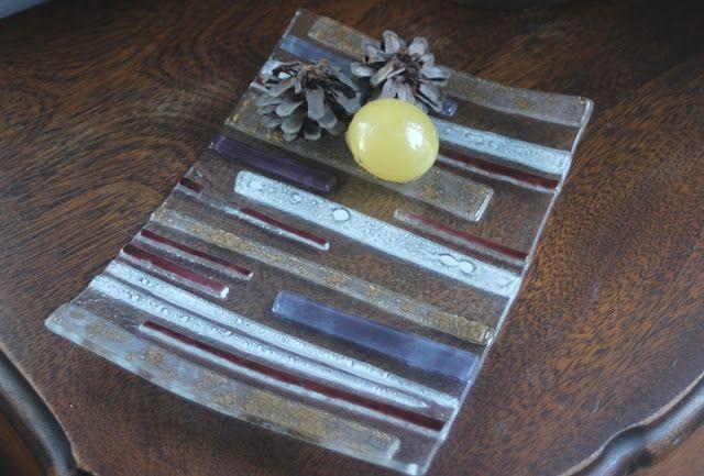 Bandeja en vitrofusion con apliques a color  (consultar colores) / Fused Glass