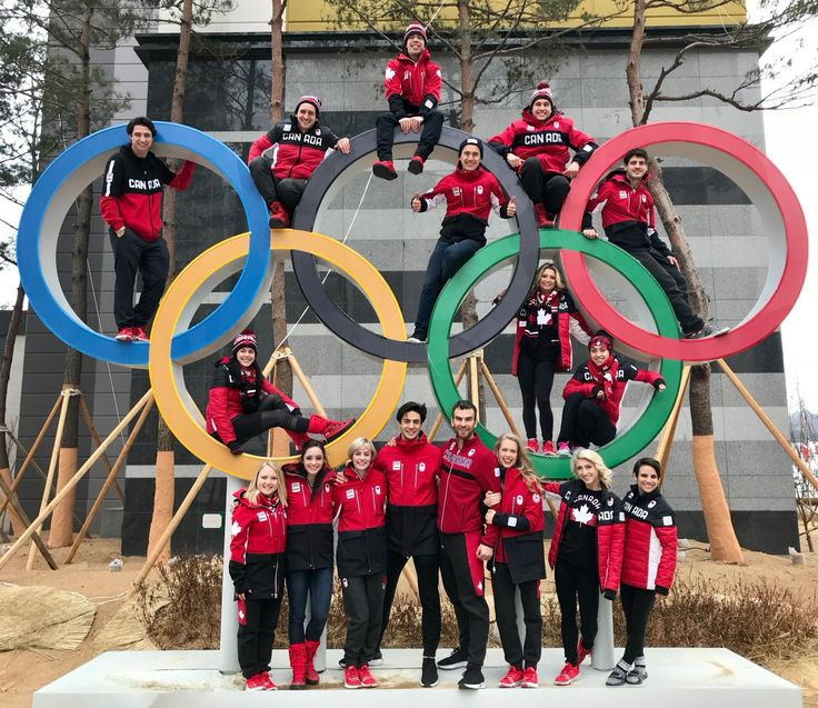 """Skate Canada / Patinage Canada via Twitter -- 25 Feb. 2018: """"The Canadian figure skating team at the 2018 Olympic Winter Games! ❤️#PyeongChang2018 #TeamCanada #GoCanadaGo #FeelTheMoment #Olympics #FigureSkating   L'équipe canadienne de patinage artistique aux Jeux olympiques d'hiver 2018! ❤️ #ÉquipeCanada #AllezCanada #Vivezlemoment… https://t.co/dyzPYNDq15"""""""
