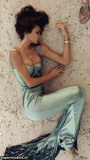 Miranda Kerr: Miranda Kerr, Calvin Klein, Real Life, Kourtney Kardashian, Fashion Style, Gowns, Mermaids Style, The Dresses, Mermaids Dresses