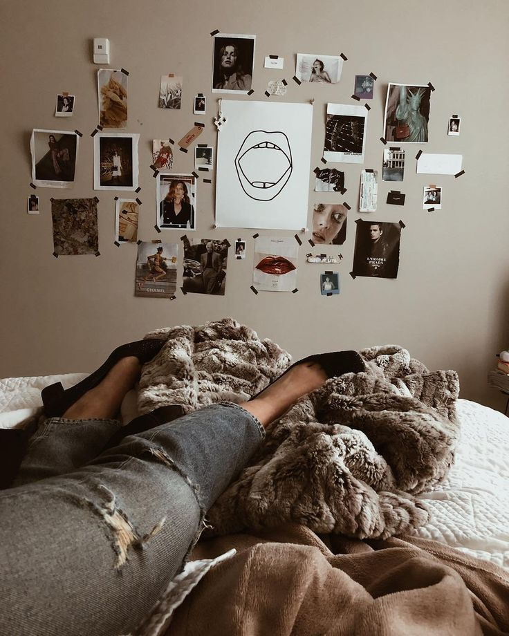 Pin by Urban Outfitters on Wall Space | Indie bedroom ...