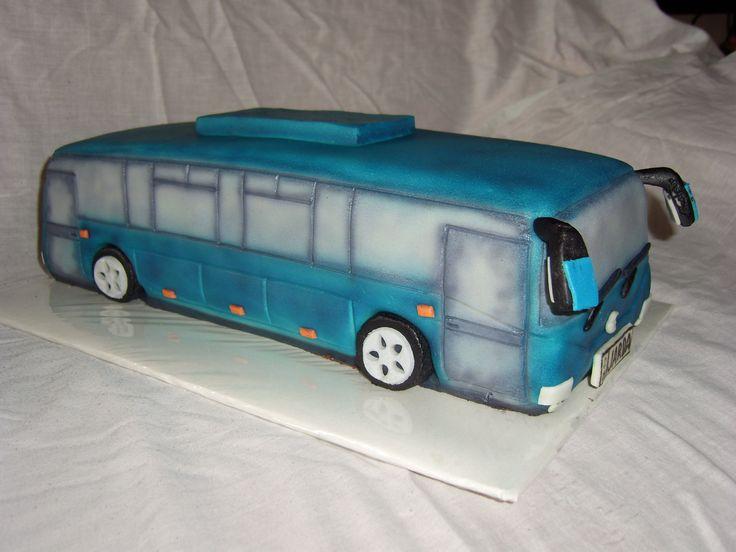 dort autobus cake bus