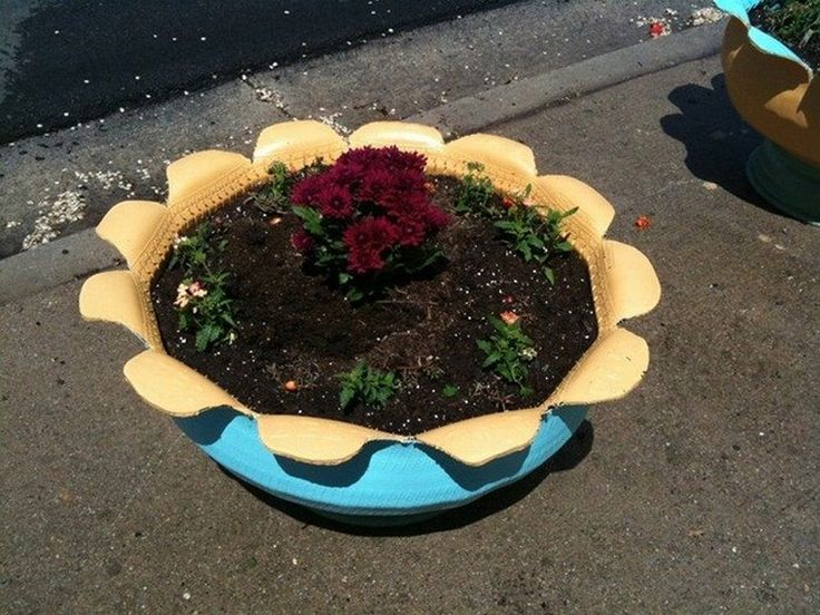 DIY Tire Planter in 2020 Planters, Tall planters, Flower
