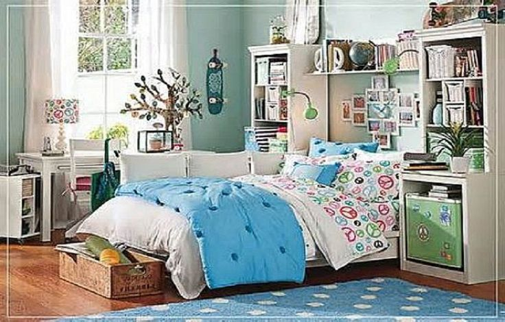 Small Space Teenage Girls Bedroom Decorating Ideas ~ http://lanewstalk.com/floral-and-color-teenage-girl-bedroom-ideas/