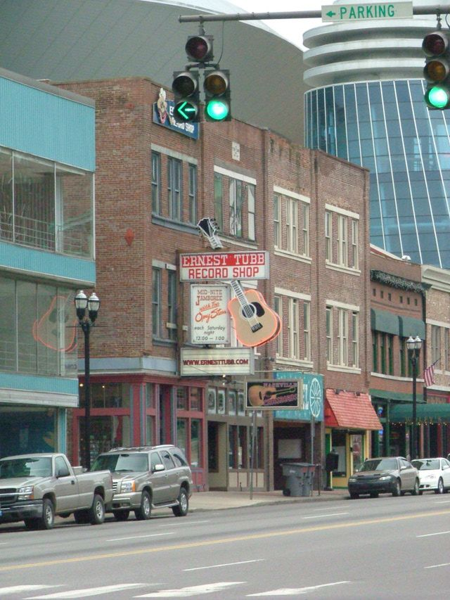 Nashville's Best Cheap & Free Country Music Attractions: Ernest Tubb Record Shop