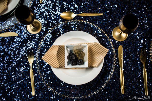 New York Midnight Blue | La Tavola Linen | La Tavola New York Midnight Blue | Lake Tahoe Wedding Inspiration | Gold Silverware | Gold Champagne Glass