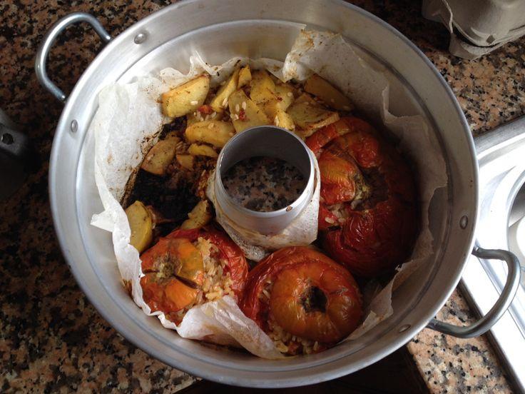 Pomodori con il riso e patate cotti nel forno Versilia