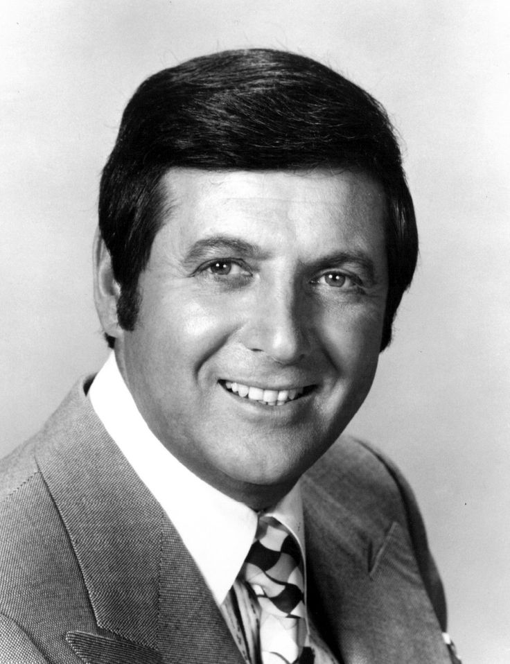Monty Hall, host of Let's Make A Deal - 08/25/21 - 09/30/2017 died of heart failure.