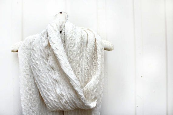 Hey, I found this really awesome Etsy listing at https://www.etsy.com/listing/208810405/cozy-scarf-cable-knit-scarf-chunky