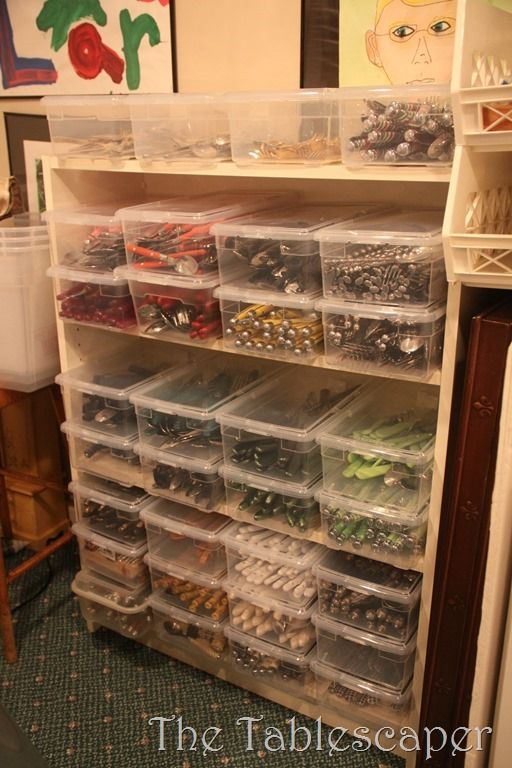 need to do this! Clear plastic shoe boxes for flatware.