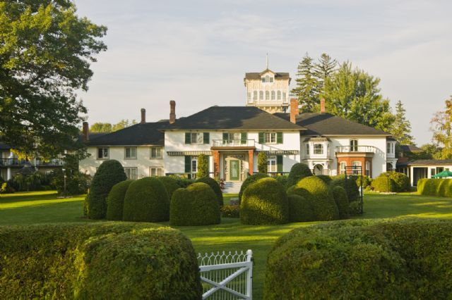 The Briars Resort & Spa is a five-generation family tradition on the southern shore of Lake Simcoe, one hour North of Toronto.