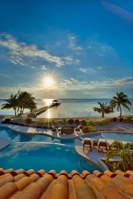 Belizean Cove Estates in Ambergris Caye, Belize    wow@! i <3 this picture and place and i just wanna be there!! ;)