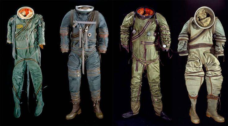 レトロ宇宙服