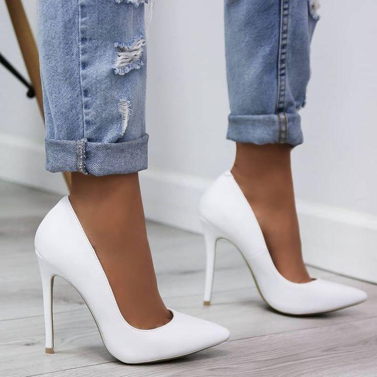 Bild in der Shoes / Chaussures-Kollektion von Moun…