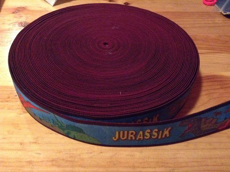 Jurassik park dinos gumi 3,5 cm szeles, vastag, nadragtarto gumi  Ar: 150 Ft/m , 5 m - 750 Ft