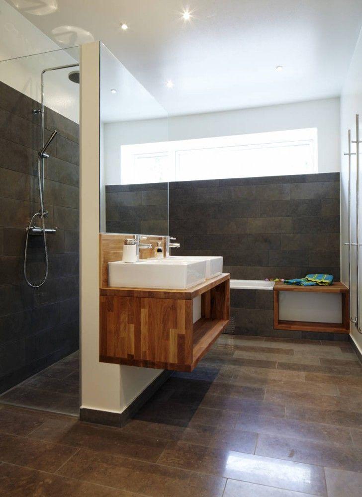 ......Interior design - bathroom.................... #Interior #design #bathroom #ideas #nice #home #design #love #shower #soap #shower #gel #towel #jacuzzi #mirror #sink ............ #StanPatzitW