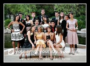 group prom poses couples